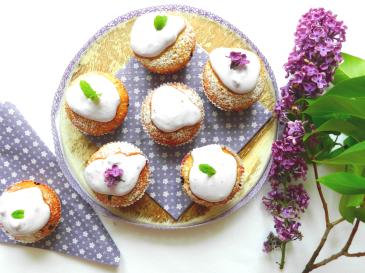 Muffin-Rezept-Schwarzbeeren-Flieder