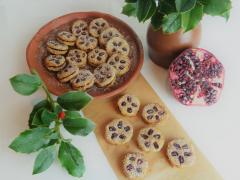Buchweizenkekse-mit-Granatapfelkernen