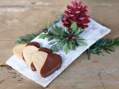 Mürbteigkekse-mit-Schokoladeglasur