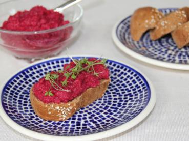 Rote-Rüben-Rote-Beete-Hummus